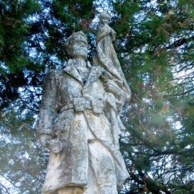 I. és II. világháborúban elesettek emlékére