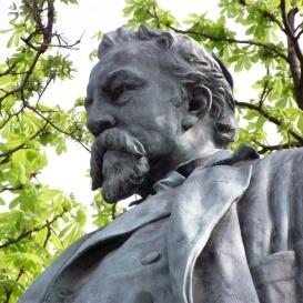 Ybl Miklós-szobor