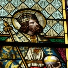 Tolcsvai római katolikus templom üvegablakai 3.