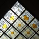 Az Andrássy lépcsőház földszinti mennyezeti díszüvege