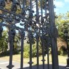 Főbejárati kovácsoltvas kapu