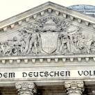 Reichstag díszítményei