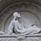 Wenckheim kripta szobrászati díszítései