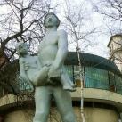 Életmentő-szobor