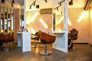 İlyas Alim Coiffeur & Beauty Salon resim 3