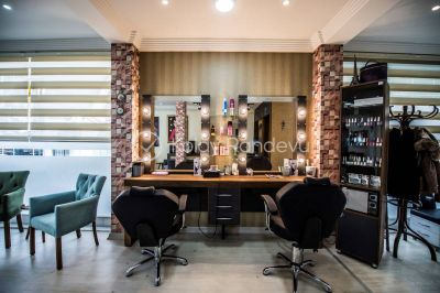 Mert Aydoğdu HAIR & MAKEUP STUDIO