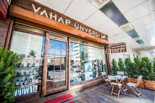 Vahap Ünverdi Hair& Make Up