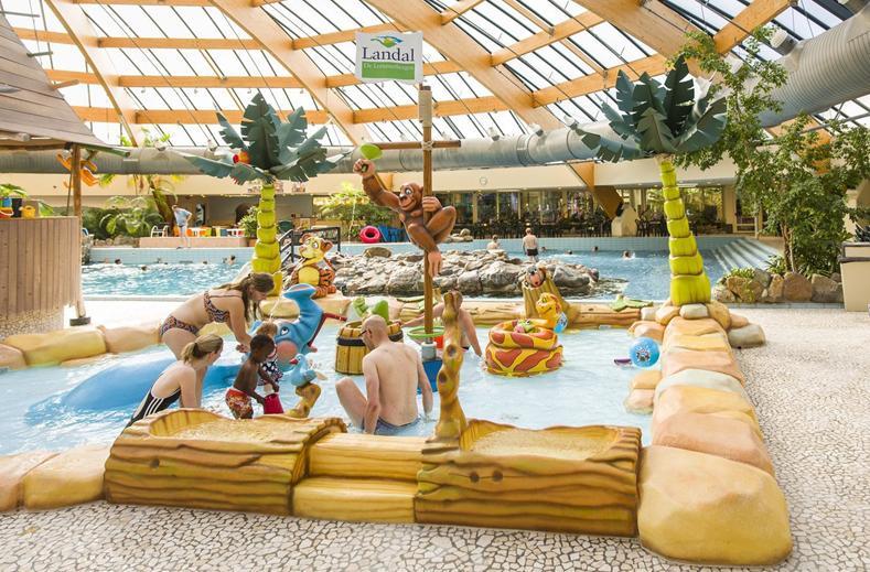 Subtropisch zwembad omgeving nijmegen: subtropisch zwembad en