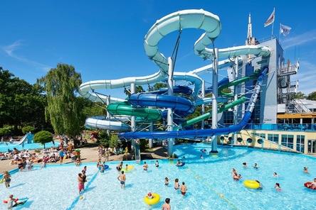 Tikibad tropisch zwemparadijs kids vakantiegids