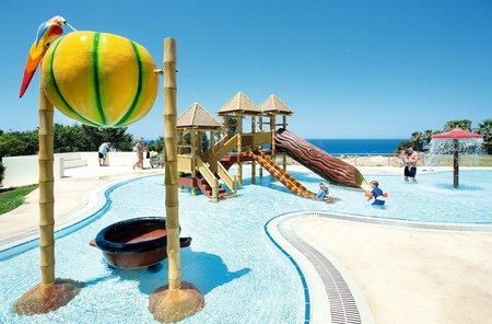 Laura Beach & Splash Resort