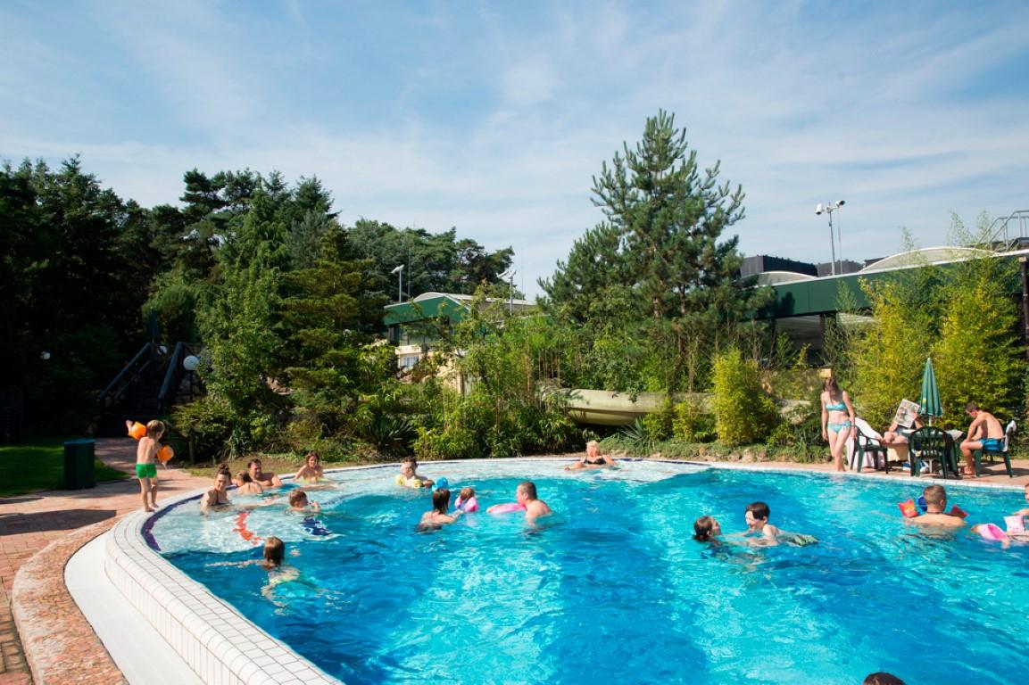 Het Vennenbos Zwembad.Landal Kinderbungalow Vakantiepark Het Vennenbos In Noord Brabant