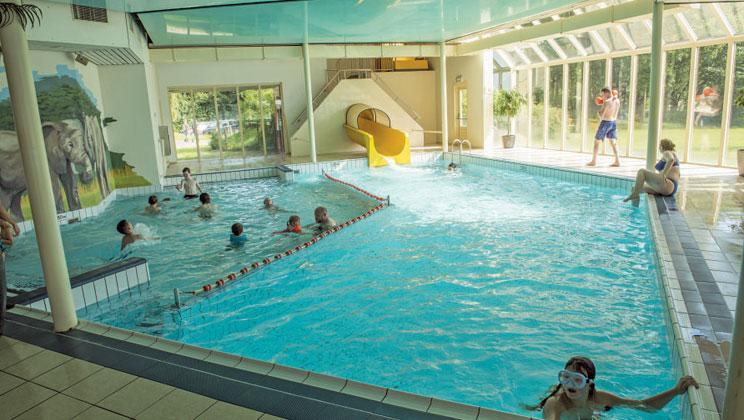Beekse Bergen Zwembad.Kids Vakantietip Vakantiepark Beekse Bergen Vakantie In