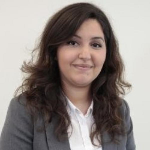 Mouna  AMRANI