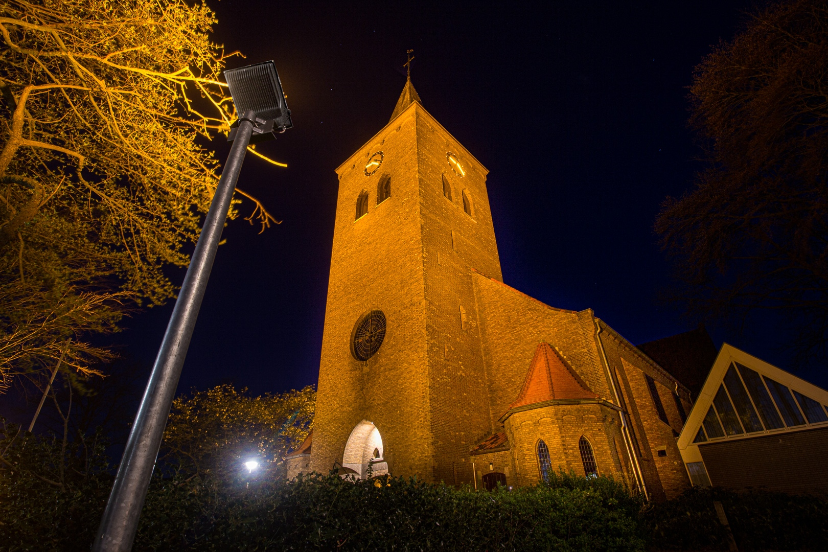 Lednovate Kerk Rossum 2 - Kerk