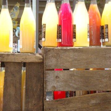2009 MA fair juice bottles