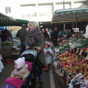 Notting hill farmers market