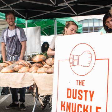 Dusty Knuckle