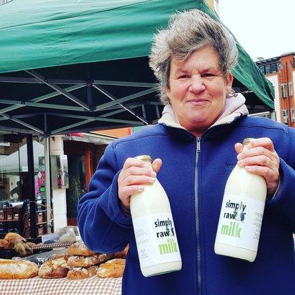 White Horse Farm Simply Raw Milk