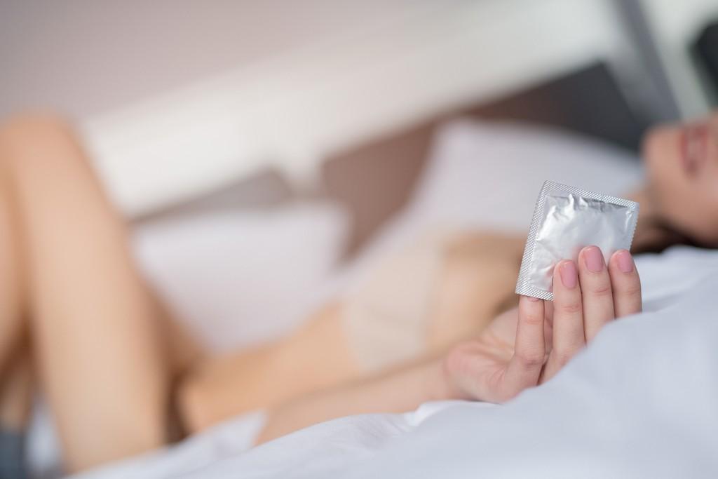 Zum Valentinstag: Reden über Safer Sex kann romantisch sein - Bild 1
