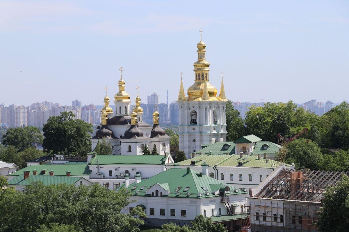 В Киеве проходит тренинг по обеспечению доступа к лечению ВИЧ и гепатита С