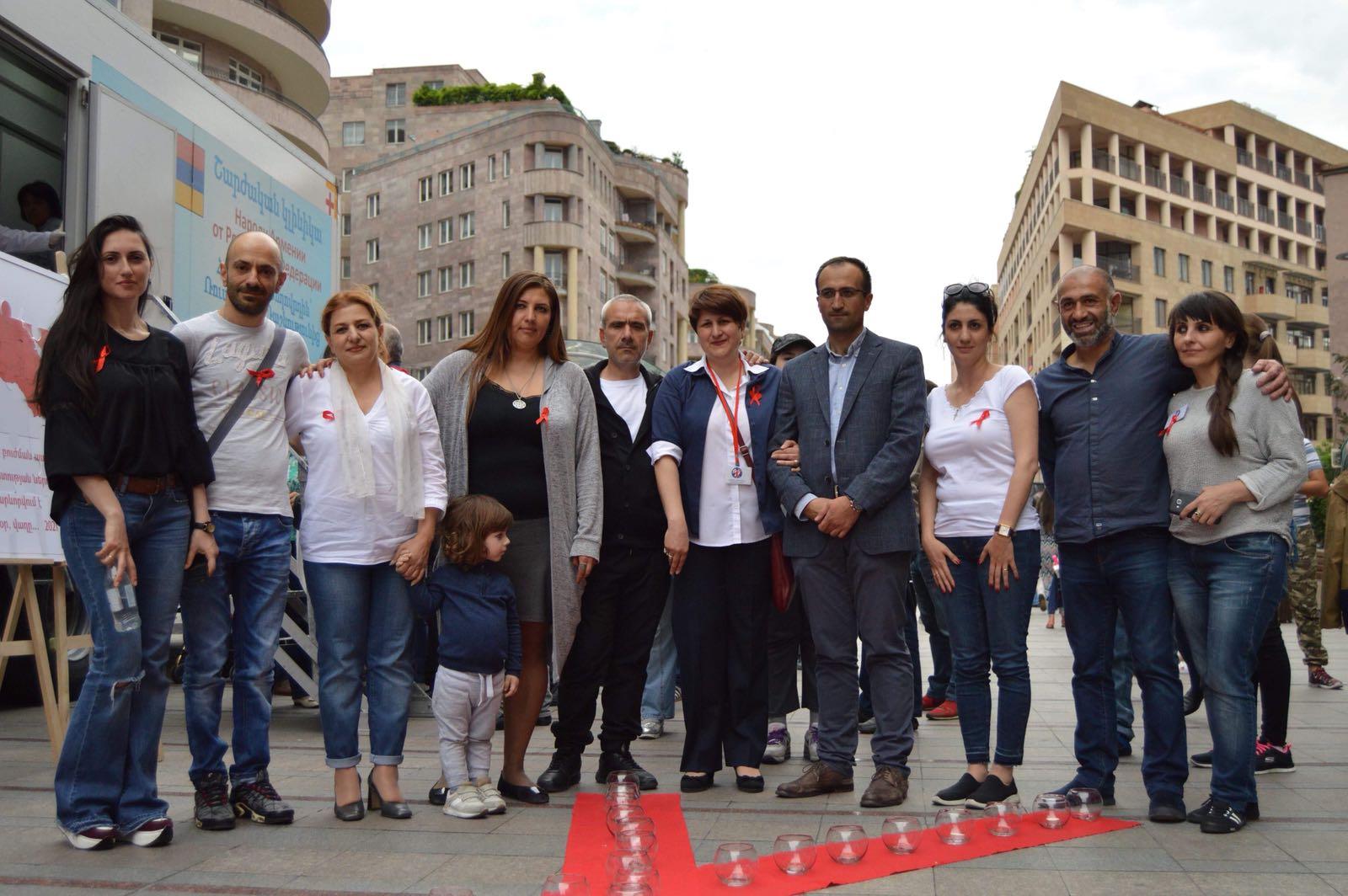 В Армении почтили память людей, умерших от СПИДа