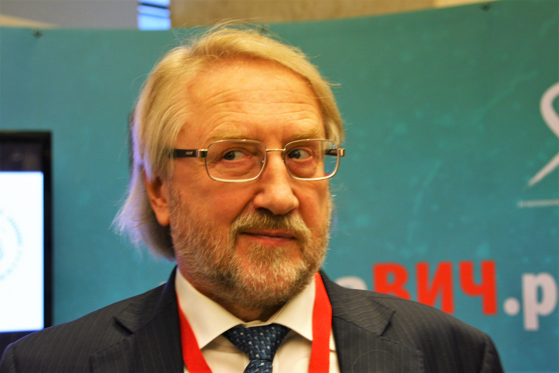 Покровский: Призываю остерегаться высказываний «что мы практически победили ВИЧ».