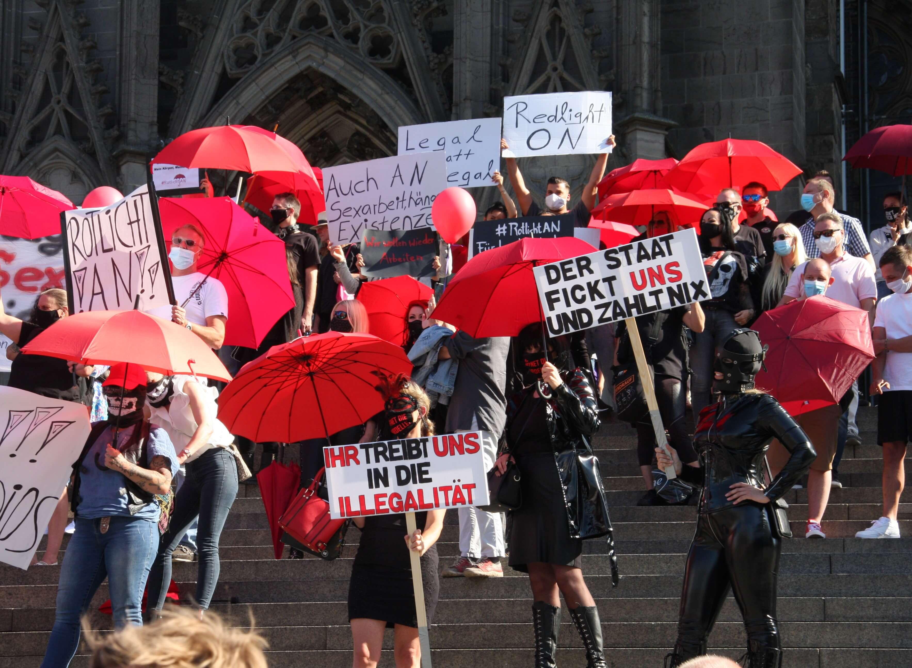 Nach Corona-Verbot: Prostituierte fordern sichere Sexarbeit - Bild 1