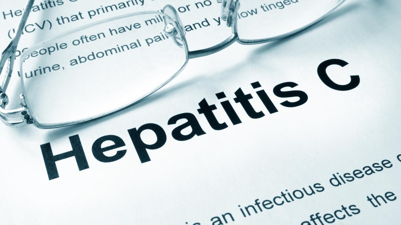 Роспотребнадзор: 98% больных гепатитом С в России не получают лечение