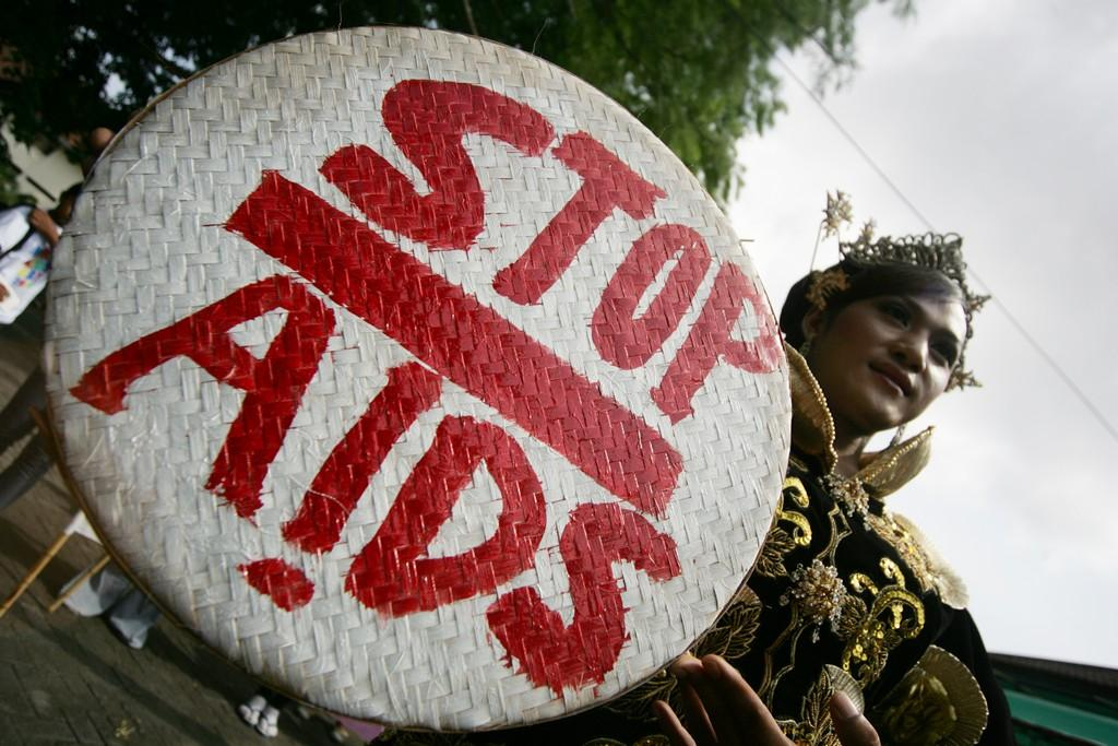 UNAIDS launches Coalition to step up commitment to HIV prevention - picture 1