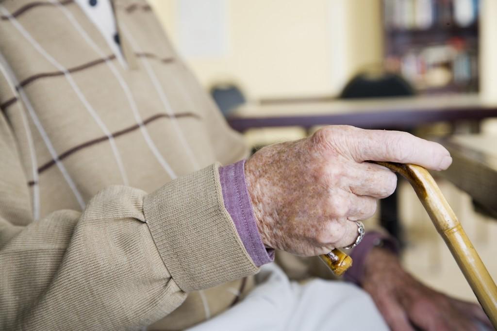 Серьезные падения у пожилых людей с ВИЧ связаны с приемом бензодиазепинов
