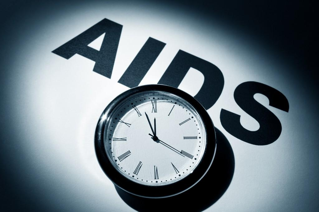 Why some HIV-positive people develop AIDS quicker than others is now clearer