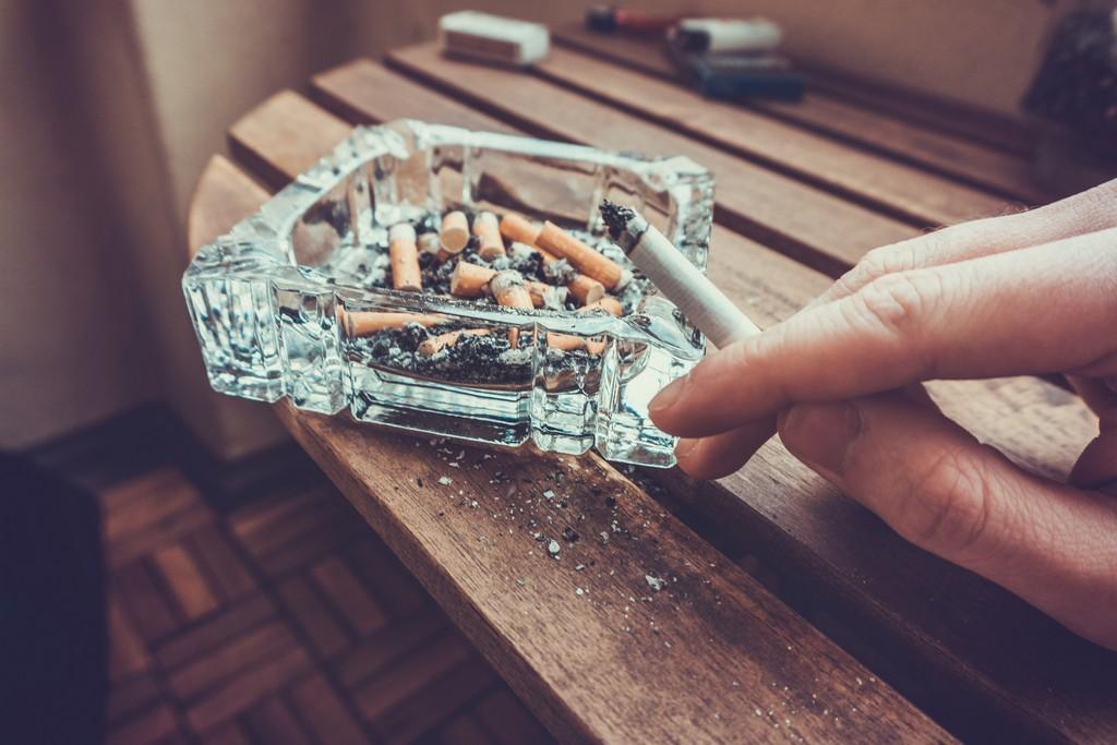Cannabis smoking is an independent risk factor for lung disease in people with HIV