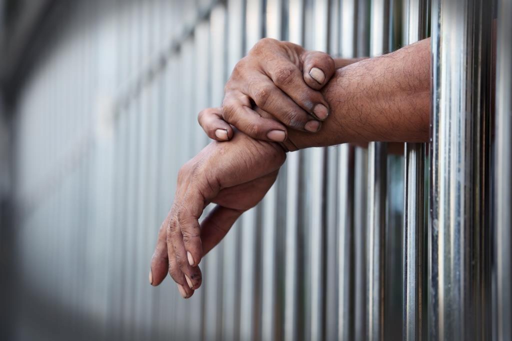 Число заключенных сВИЧ игепатитом удвоилось за10лет - изображение 1
