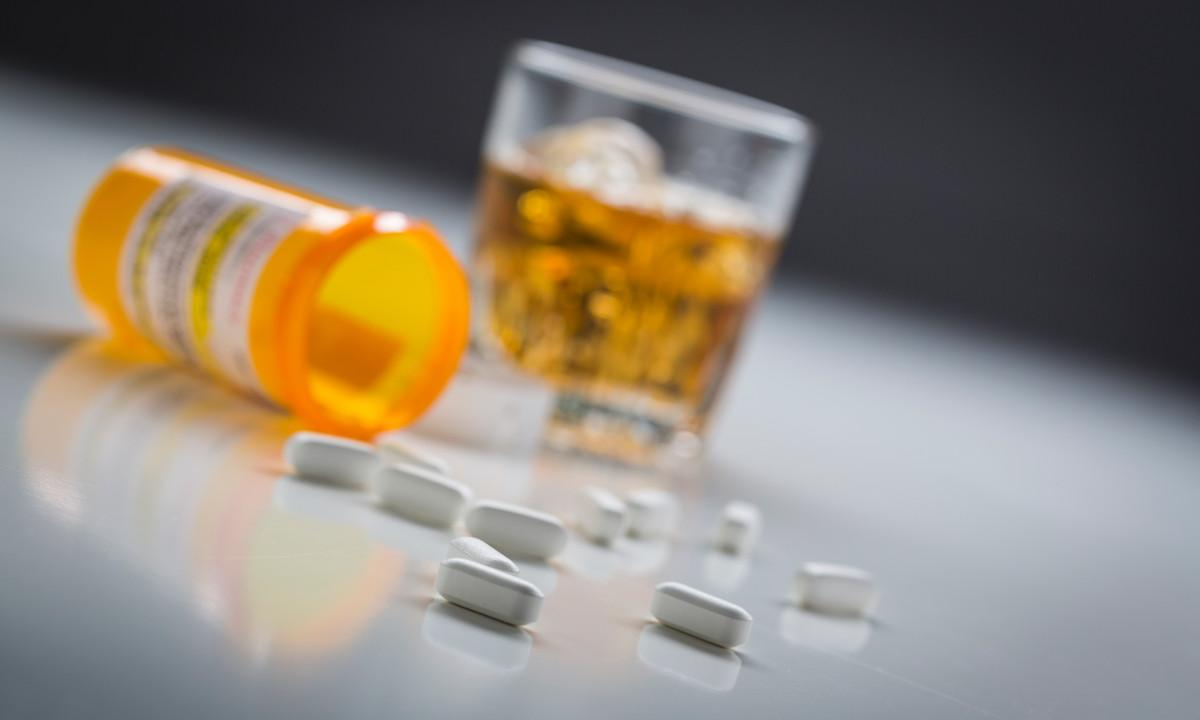 Anti-Alcohol Program Could Make Fighting HIV Cheaper - picture 1
