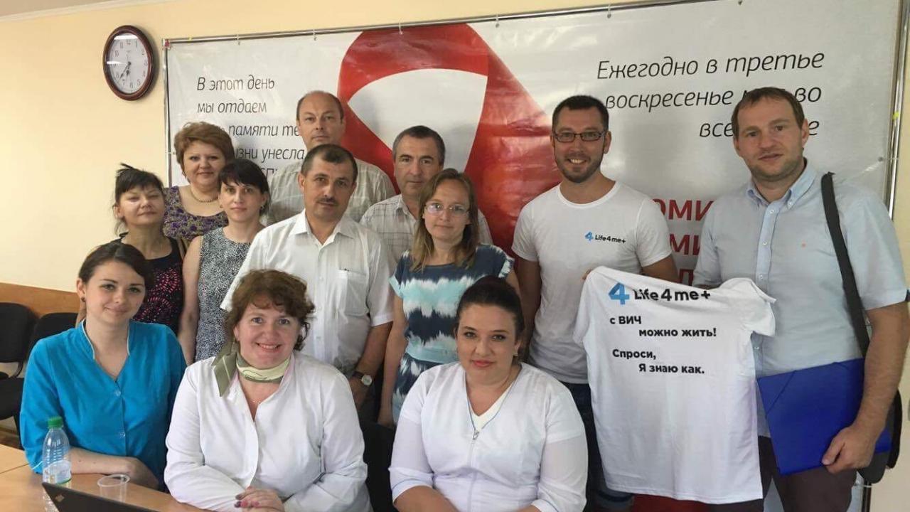 Глава Life4me+ встретился с активистами, врачами и соцработниками СПИД Центра Приднестровья - изображение 1