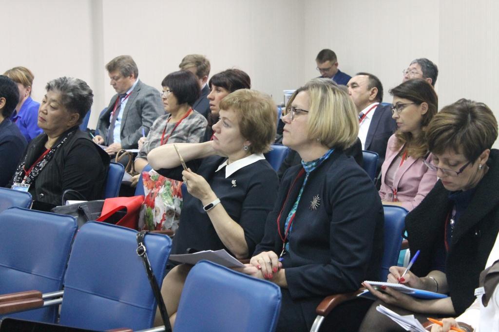 Эксперты вИркутске обсуждают вопросы противодействия ВИЧ - изображение 1