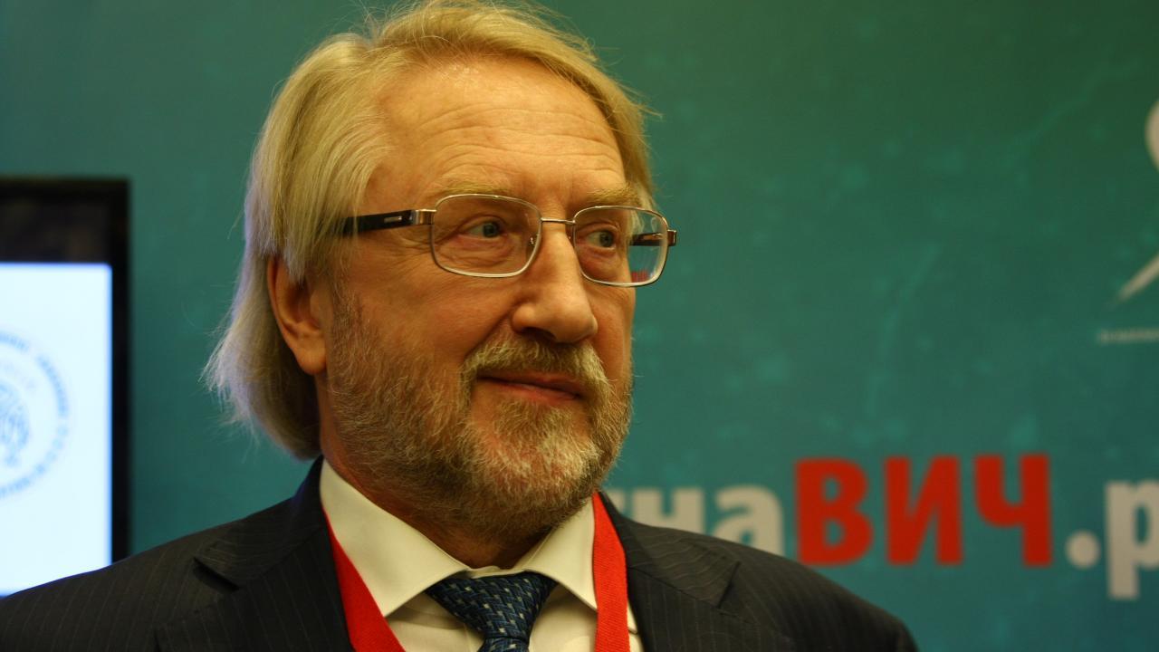 Академик Покровский: ситуация с ВИЧ в ближайшие годы будет ухудшаться - изображение 1