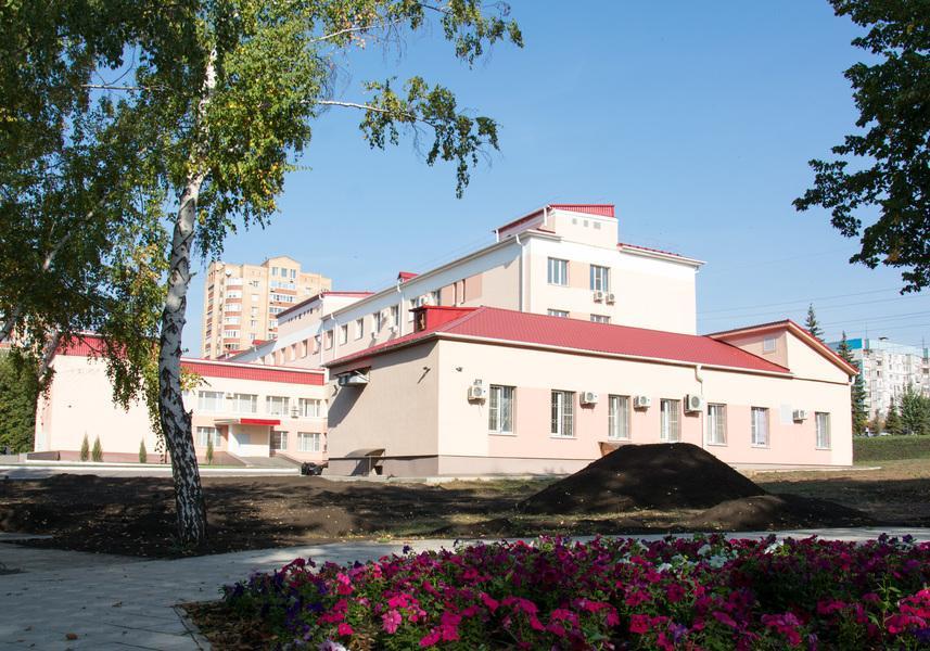 Самарский СПИД-центр первым вРоссии получил право называться клиническим - изображение 1