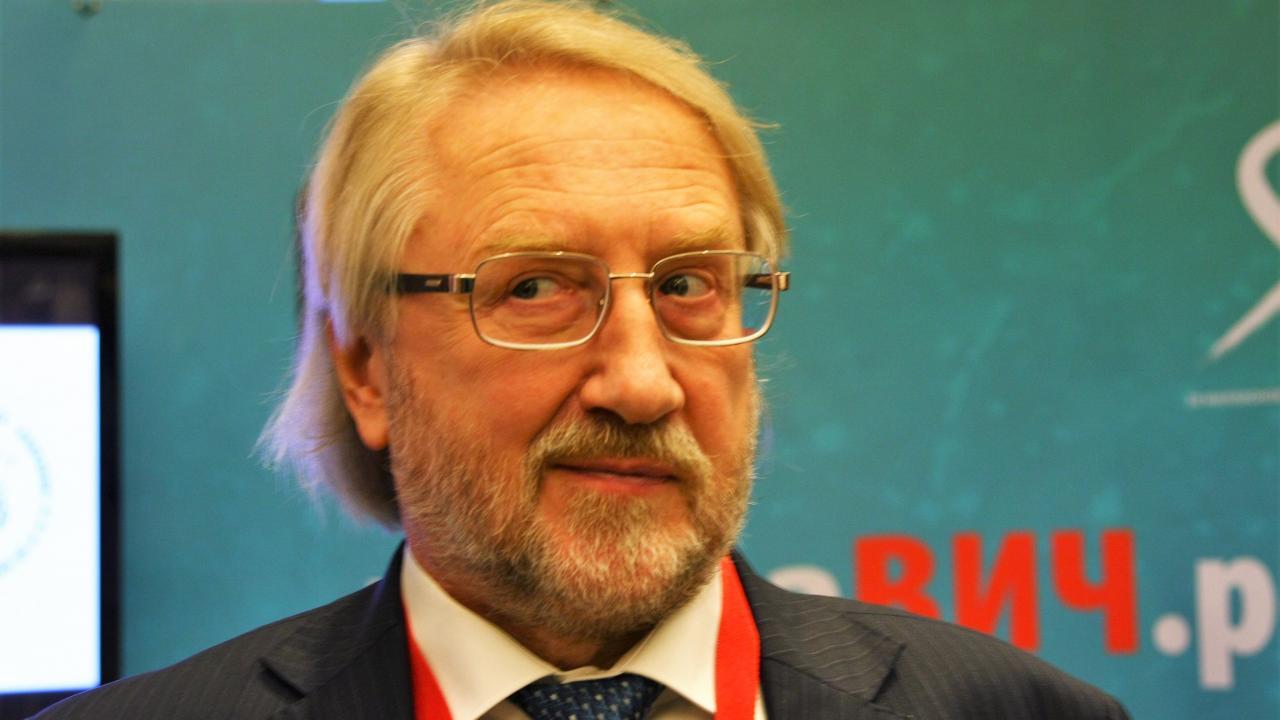 Покровский: Нельзя говорить оснижении роста заболеваемости ВИЧ