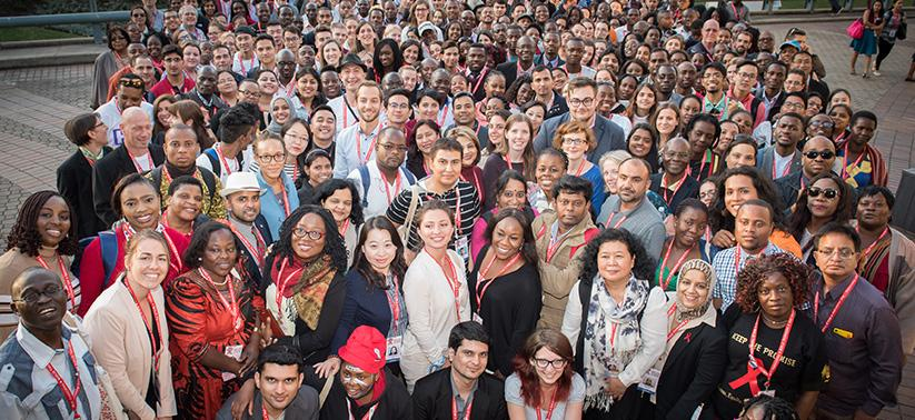 Истекает срок подачи заявок настипендии для участия вКонференции AIDS2018 - изображение 1