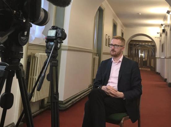 Член британского Парламента заявил, что живет с ВИЧ