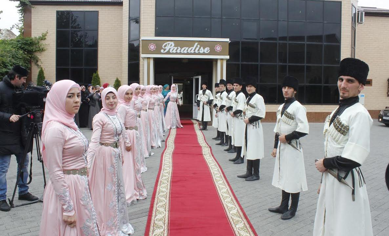ВИЧ-позитивные люди не смогут вступить в брак в Чечне - изображение 1