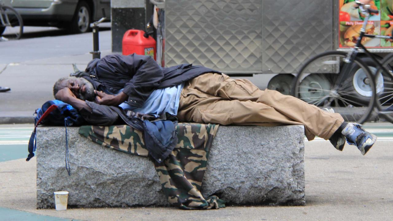 Поддержка бездомных ЛЖВ в поиске жилья позволяет улучшить показатели лечения ВИЧ - изображение 1