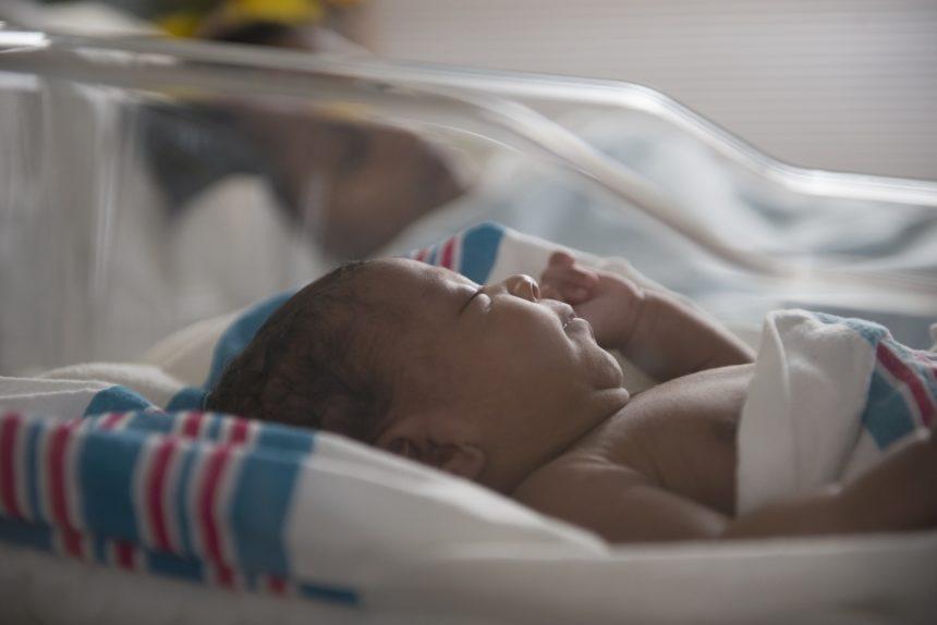 Рост младенцев с пренатальным риском ВИЧ меньше обычного