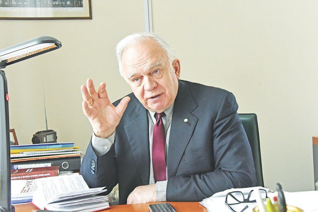 Академик Черешнев: «Не находим на ВИЧ денег»