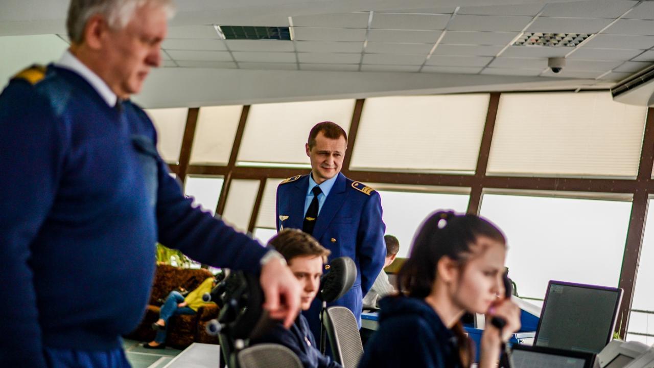 В РФ снят запрет на работу авиадиспетчерами для людей с ВИЧ
