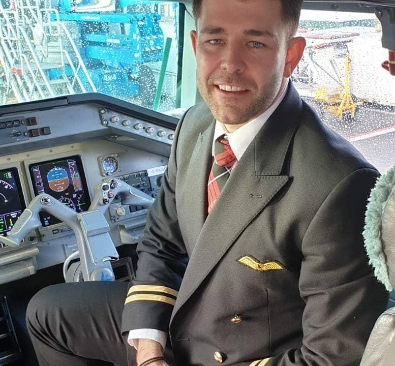 HIV positive airline pilot fights back against HIV stigma