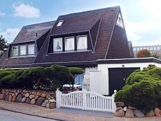 Spacieux, DHP convivial avec terrasse et jardin au cœur de Westerland