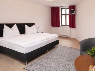 Chambre double moderne au Saint-Siège