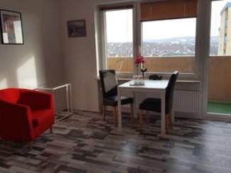 Appartement avec balcon à Würzburg, tout neuf, près de l'université, à 4 km du centre
